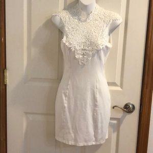 Beautiful lulu fitted lace dress !